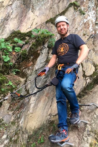 Klettersteigset Richtig Anwenden : Saac skylotec das sicherste klettersteigset am markt rider
